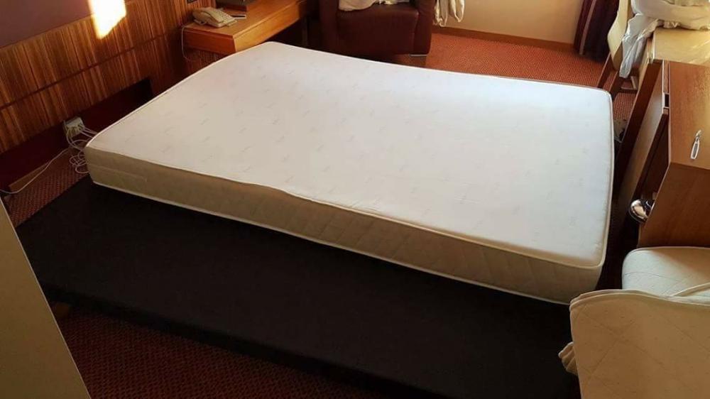 łóżka 100x200 Oraz 160x200 Sprzedam W Oslo Giełda