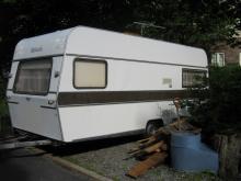 sprzedam przyczepe campingowa