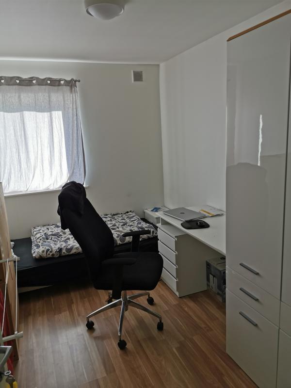 Pokoj/mieszkanie do wynajecia